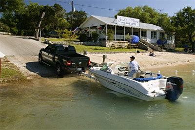 boat-launch-lake-medina01