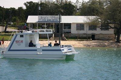 boat-rental-medina-lake-04