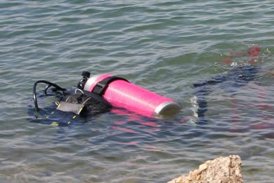 diving-in-lake-medina03