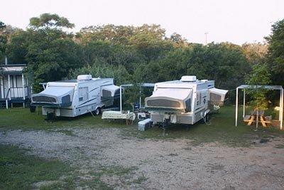 rv-camping-at-texas-lake02