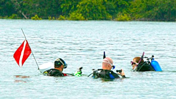 medina-lake-diving